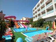 Hotel Club Armar