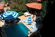 Hotel Karyatit Foto 2