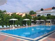 Hotel Tara Beach
